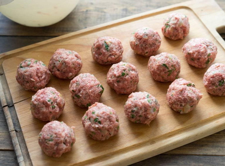 """Meatballs """"Special"""" 5kg. In the box"""